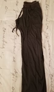 Old Navy Low Rise Maternity Pants
